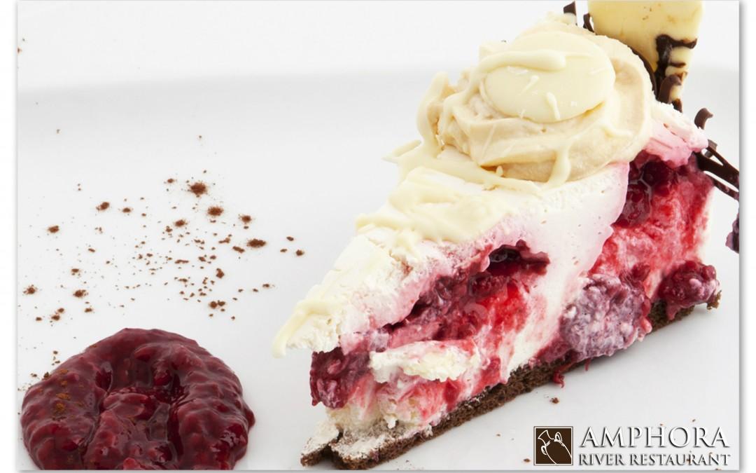 Živeli ste u zabludi, ovako se seče torta!